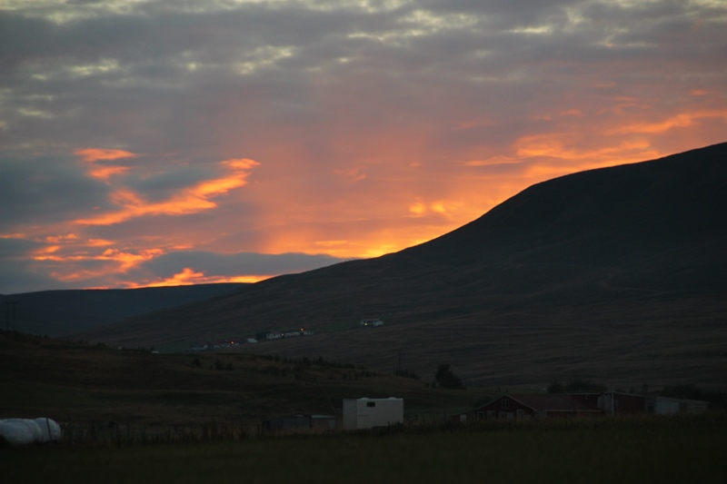 sunset - far to the west of krókur
